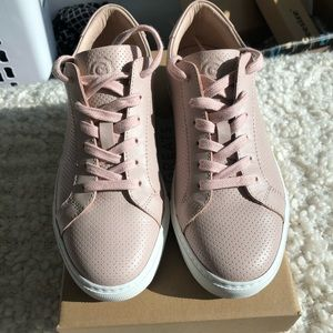 NEW Blush pink perforated Greats Sneakers size 8.5